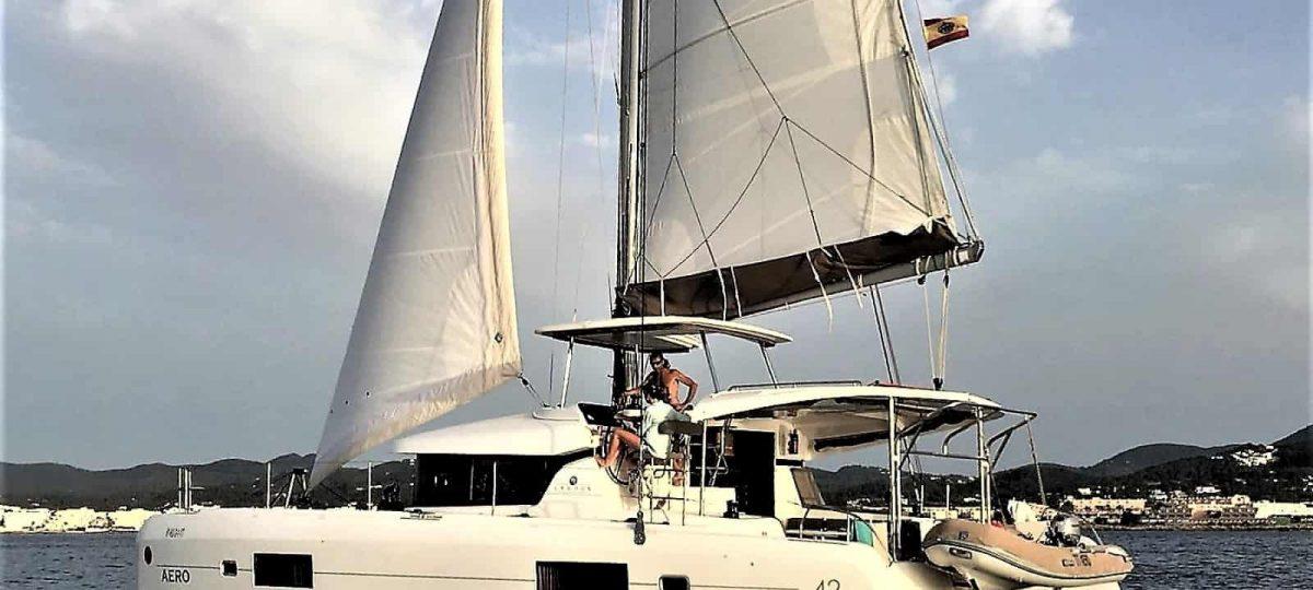 catamaran ibiza lagoon 42 aero exterior 18