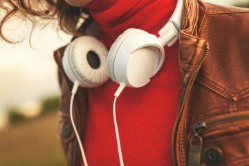 listening music